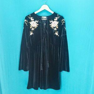 NWT Sugar lips Velvet embroidered Boho dress